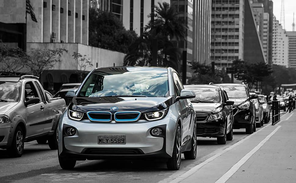 Os carros elétricos no Brasil
