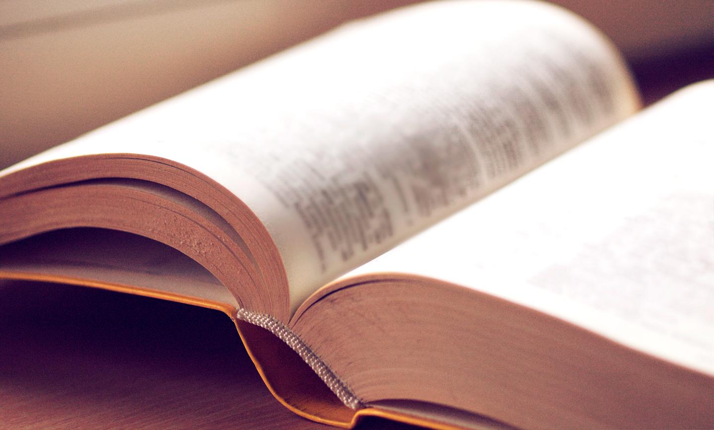Cinco livros para se tornar um vendedor excepcional