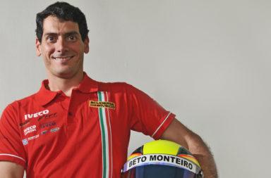 Beto Monteiro Uniforme Capacete