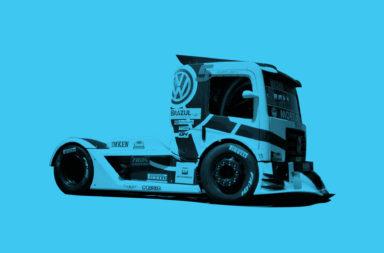 Caminhão Copa Truck Fundo Azul